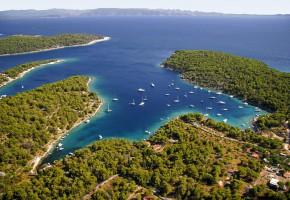 Kroatien Hamn Vandramera - Vandringsresor