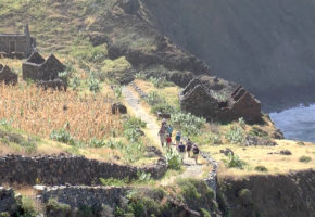 Kap Verde Vandringsled vid bergskedja Vandramera - Vandringsresor